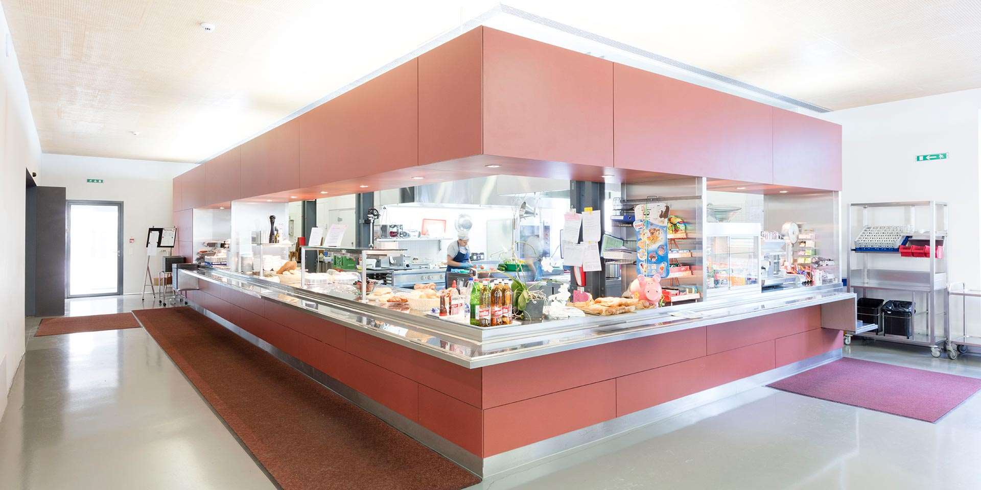 Cantine de l'usine by Eternit® 6